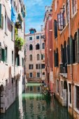 Small canal and, Venice, Italy — Stock Photo