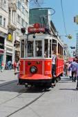 Retro tram in Istambul. — Stockfoto