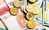 Russian coins,  dollars,  euros — Stock Photo