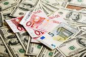 σημειώσεις του δολαρίου και του ευρώ — Φωτογραφία Αρχείου
