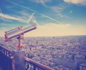 Eiffel Tower telescope overlooking for Paris. — Stock Photo