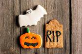 Halloween homemade gingerbread cookies — Stock Photo