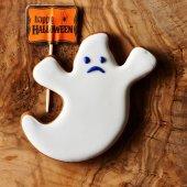 Halloween homemade gingerbread cookie — Stock Photo