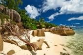 Beautiful beach at Seychelles — Stock Photo