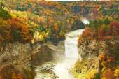 Autumn scene of waterfalls and gorge — Stock Photo