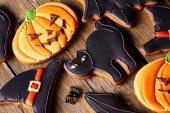Halloween gingerbread cookies — Stock Photo