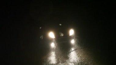 Car  in the rain — Stock Video
