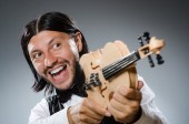 Funny fiddle violin player in musical concept — Stock fotografie