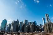 Newyorské mrakodrapy na jasný den — Stock fotografie