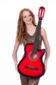 ギター白で隔離される女性 — ストック写真