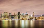 Night panorama of Manhattan — Stock Photo