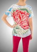 Mujer en concepto de vestido de moda — Foto de Stock