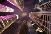 Skysrapers w singapurze w godzinach nocnych — Zdjęcie stockowe
