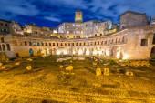 Roman ruines  in Rome Italy — Stock Photo