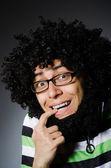 Afro saç modeli ile komik adam — Stok fotoğraf