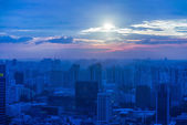 Skysrapers in Singapore at hight — Stock Photo