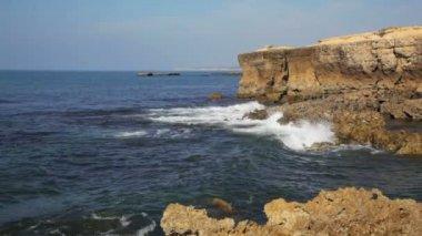 Waves of the Atlantic Ocean — Wideo stockowe