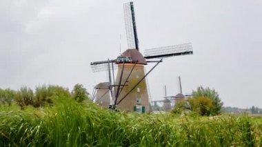 Windmill in Kinderdijk, Holland — Stock Video
