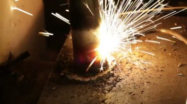 Sparks of the fused metal — Stock Video
