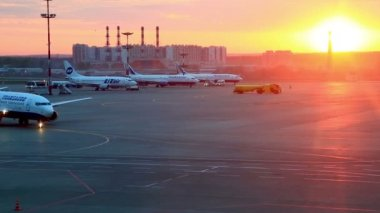 Vnukovo airport in Moscow, Russia — Vídeo stock