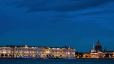 Winter Palace  in night. — Stock Video