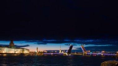 Night of Opening Palace bridge — Stock Video