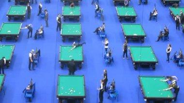 Many men take part in championship — Stock Video