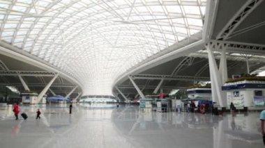 Stazione ferroviaria sud di Guangzhou — Video Stock