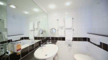 Stylish modern bathroom — Stock Video