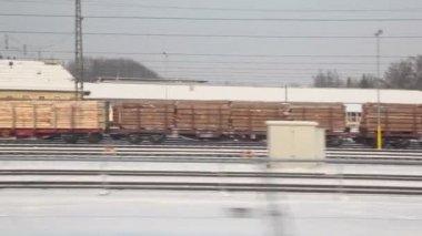 Trains de marchandises au chemin de fer — Vidéo