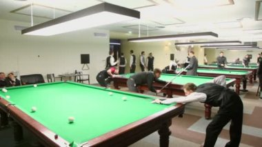 Contestants of Moscow championship billiard — Stock Video