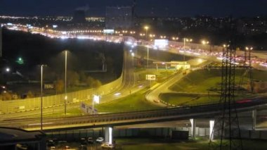 Traffic on illuminated Moscow ring road — Stock Video