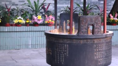 Altar with burning incense — Stock Video