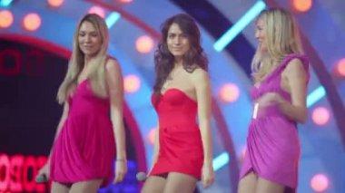 Backing vocals of Lyubov Uspenskaya — Stock Video