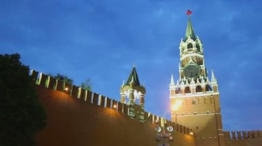 Kremlin wall with Tsarskaja tower — Stock Video
