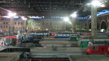 Trains on platform of Kazansky station — 图库视频影像