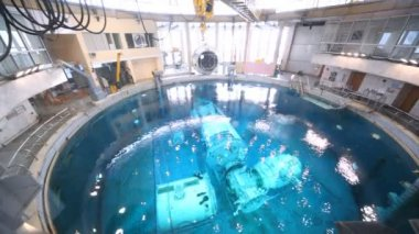 Underwater space simulator distance — Stock Video