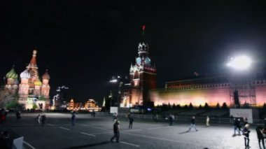 People walk on Red Square — Stock Video