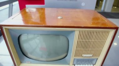 Vintage soviet tv receiver — Stockvideo