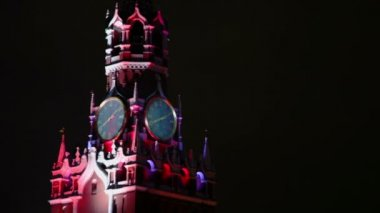 Colorful light on Spasskaya tower — Stock Video