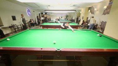 Participants of Moscow championship billiard — Stock Video
