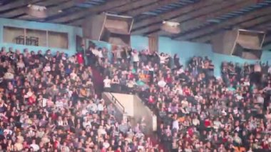 Tribune with fans on concert — Stock Video