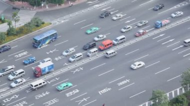 Road traffic with cars and buses — Stock Video