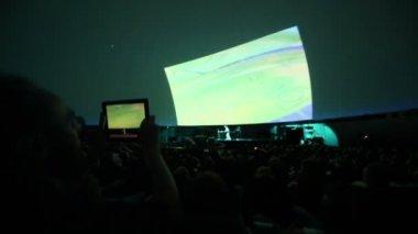 Man records Andrey Klimkovsky concert — Stock Video