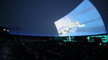 Andrey Klimkovsky represents concert program — Stock Video
