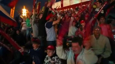 Russian fans yell on tribune — Stock Video
