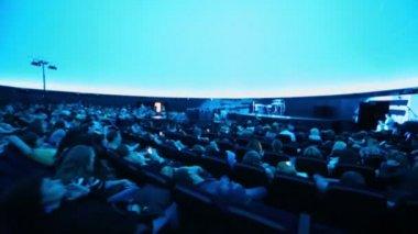People before Andrey Klimkovsky concert — Stock Video