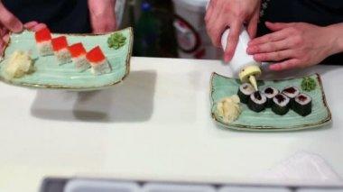 Two men prepares rolls — Stock Video