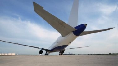Airliner stands on runway of airdrome — Stock Video