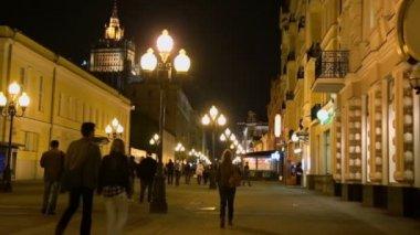 People walk on Old Arbat street — Stock Video